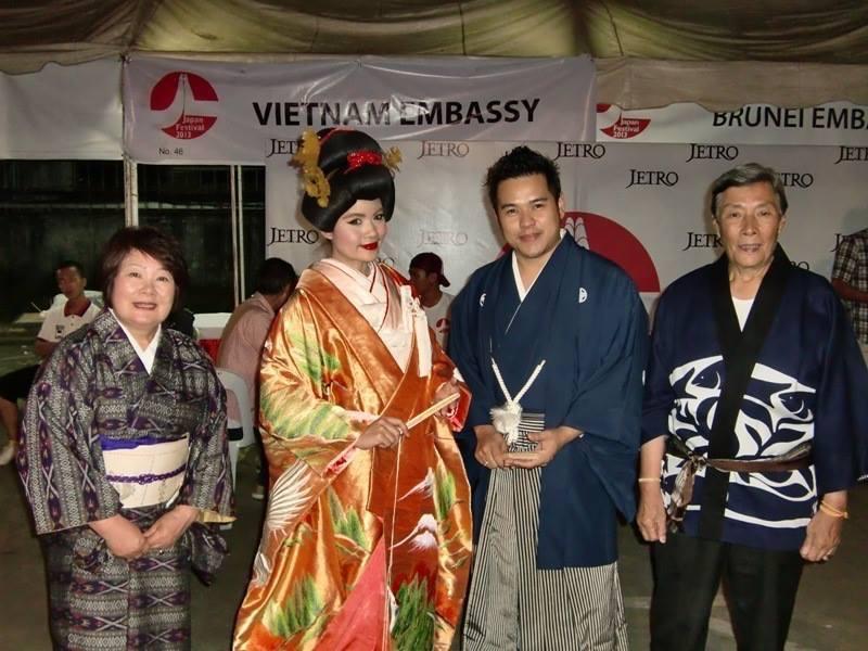 ラオスにて日本の文化紹介
